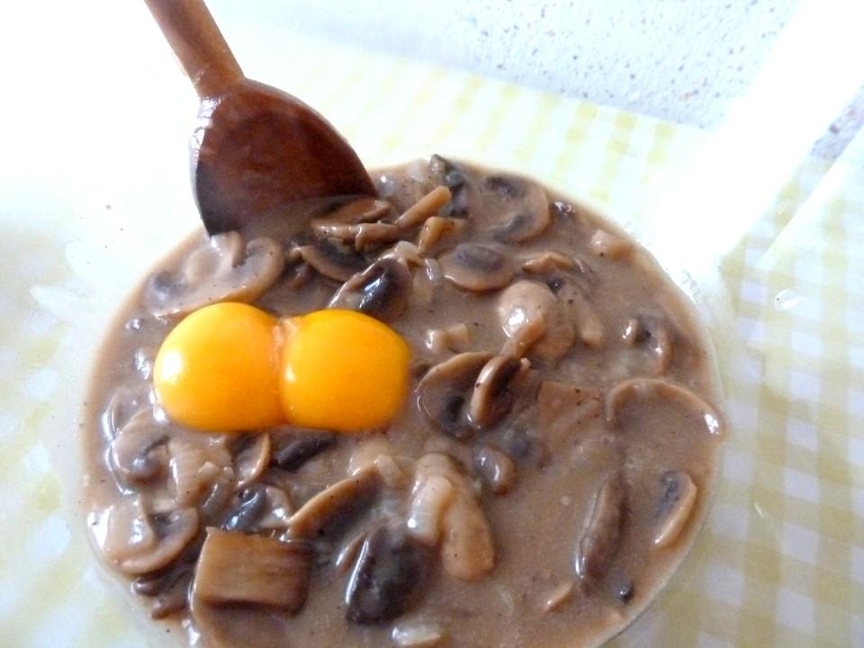 ajout jaunes d'oeuf sauce champignons