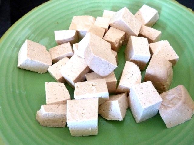 tofu en dés