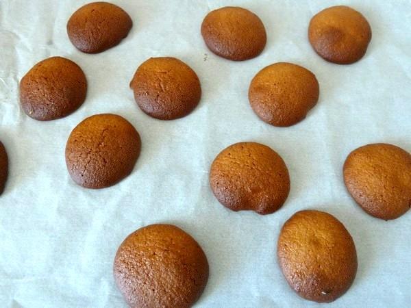 biscuits aux épices cuits