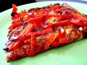 pizza poivron rouge oignon morceau