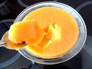 flan banane agrume aux epices cuillere