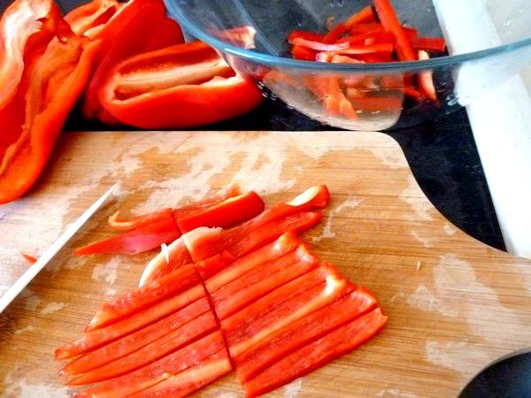 pizza poivron rouge oignon lanieres