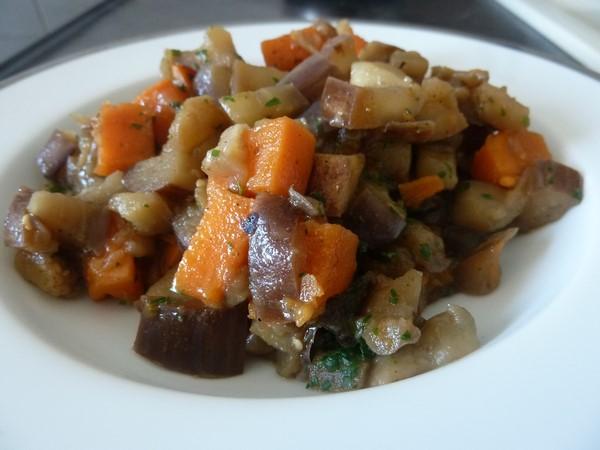 wok aubergine patate douce assiette