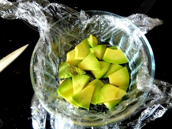 ecrasee de patates avocat aux olives fond