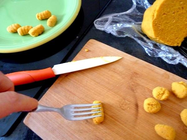 gnocchis de pommes de terre aux epices modelage