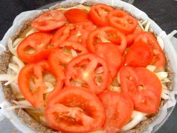 tarte oignons tomates tranchees
