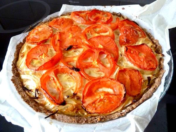 tarte oignons tomates cuite