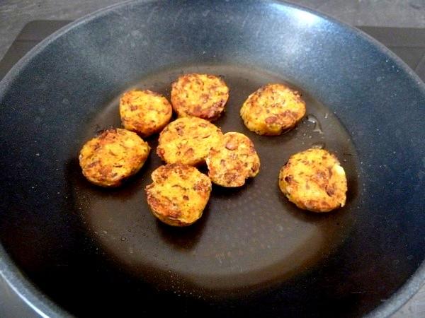Saucisses vegetariennes aux haricots dorer tranches
