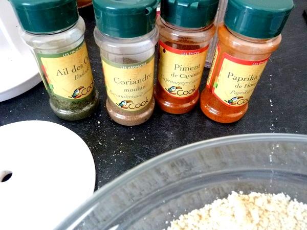 aubergines sauce tomate et noix de cajou epices