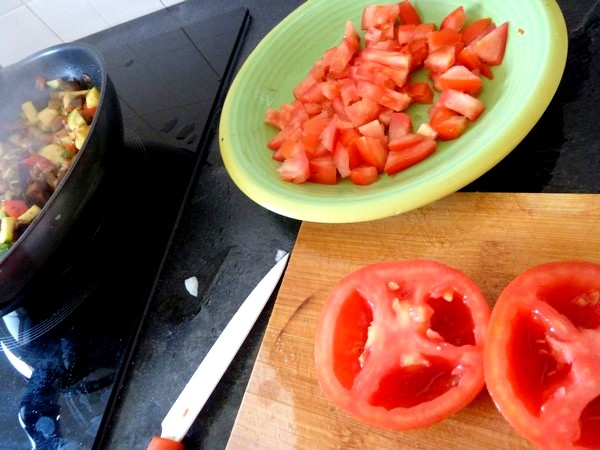 ratatouille et graines germees tomates