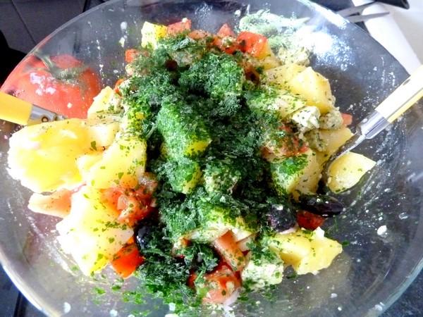 salade pomme de terre tomate tofu persil