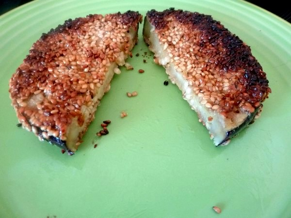 aubergine doree aux graines de sesame tendre et croquant