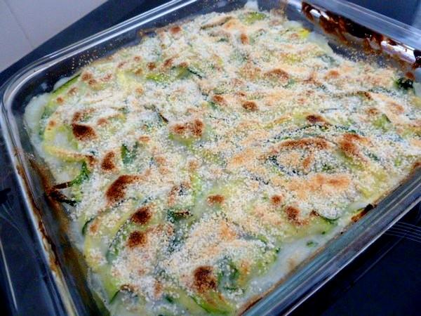 courgettes en lamelles sauce bechamel gratiner