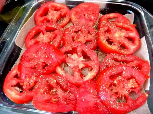 Lasagnes aux aubergines et tomates couche tomates