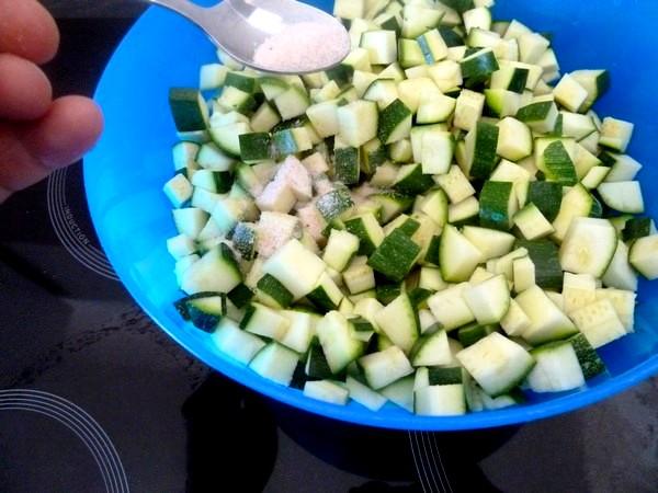 Courgettes aux graines de lin et pois chiches volume base