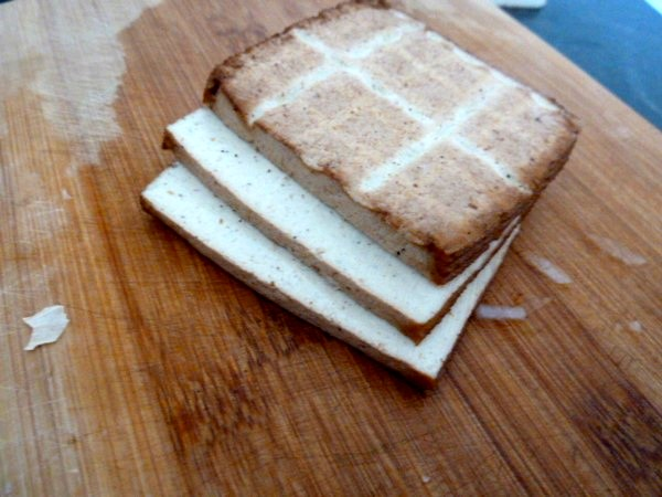tagliatelles sans gluten sauce carbonara vegetarienne tofu fume