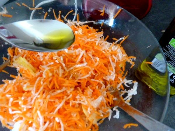 crudités de radis noir carottes pomme huile olive