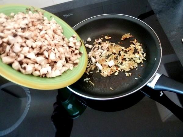 butternut-rotie-aux-champignons-et-chataignes-cuire