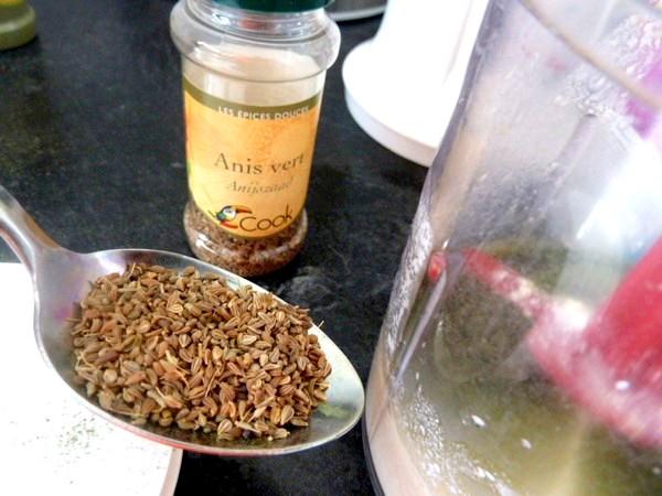 petales-radis-betterave-jaune-sauce-anis-graines