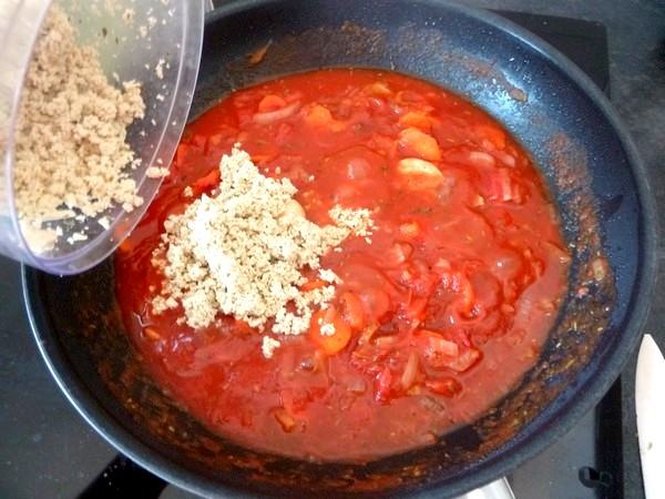 spaghettis-sauce-tomate-tofu-mixe