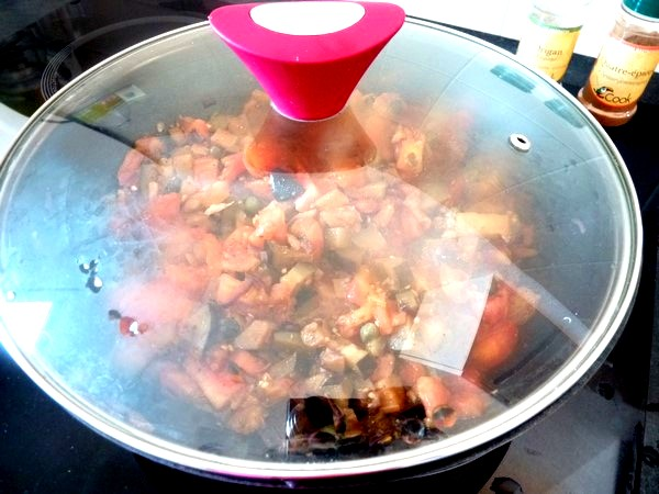 aubergines a la tomate couvrir et mijoter 15 minutes