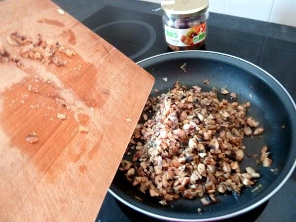 butternut-rotie-aux-champignons-et-chataignes-concassees