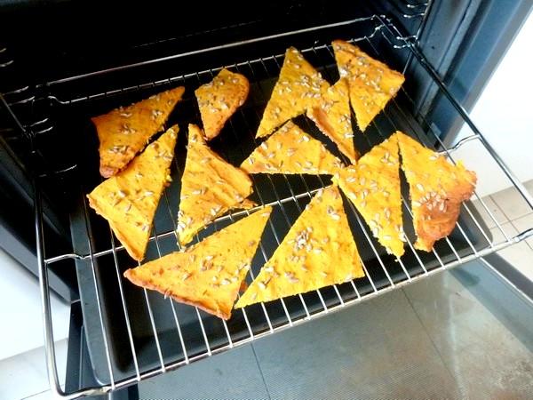 crackers-de-courge-butternut-aux-graines-secher