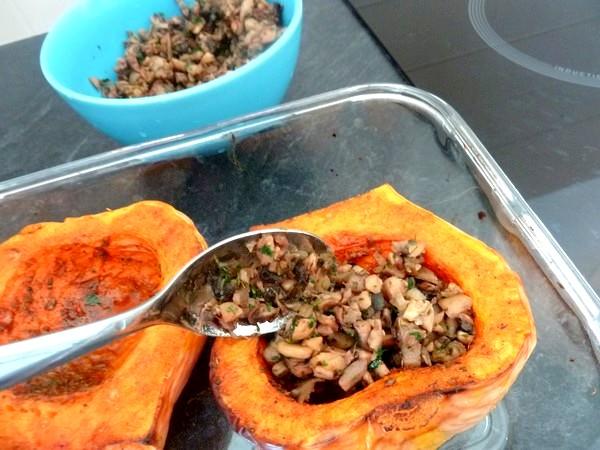 butternut-rotie-aux-champignons-et-chataignes-remplir