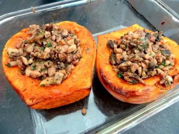 butternut-rotie-aux-champignons-et-chataignes-tasses