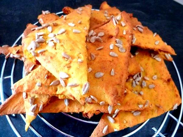 crackers-de-courge-butternut-aux-graines-a-table