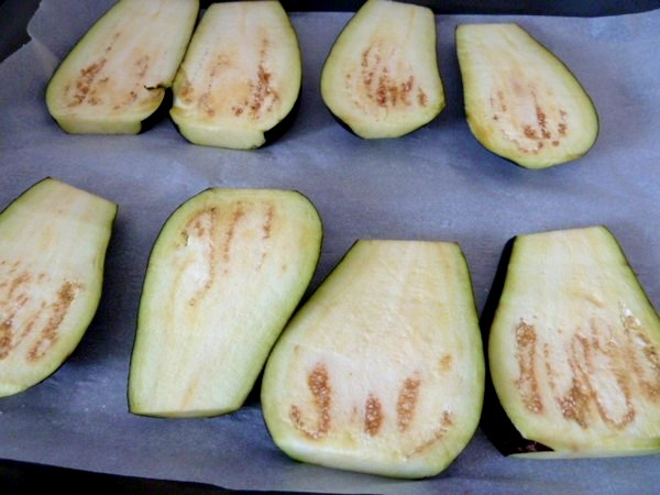 aubergines-dorees-a-lail-tranches