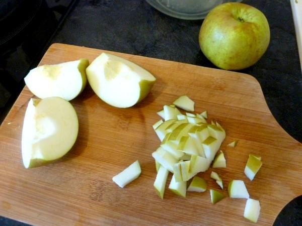 gateau-pommes-melasse-petits-morceaux