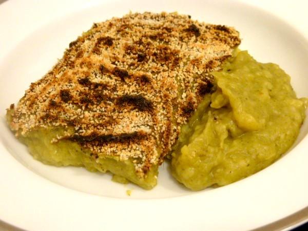 puree-pommes-de-terre-et-legumes-verts-servir