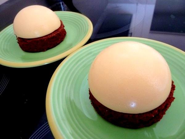 creme-citron-sur-moelleux-chocolat-dresser