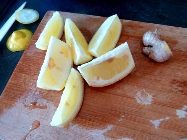 jus-detox-carottes-betteraves-concombre-citron-trancher