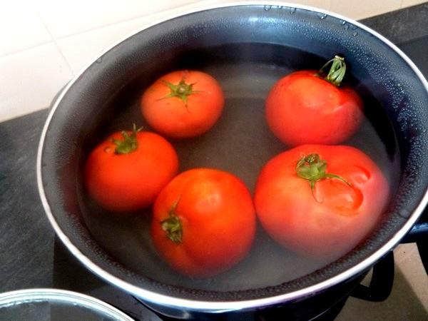aubergines a la tomate monder