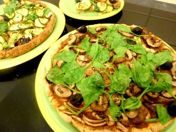 pizza-sans-gluten-vegan-champignons-epinards