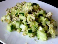 crudites-concombre-kiwi-au-chanvre-servir