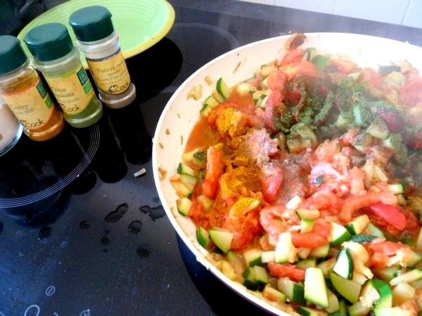 courgettes-tomates-au-chanvre-epices