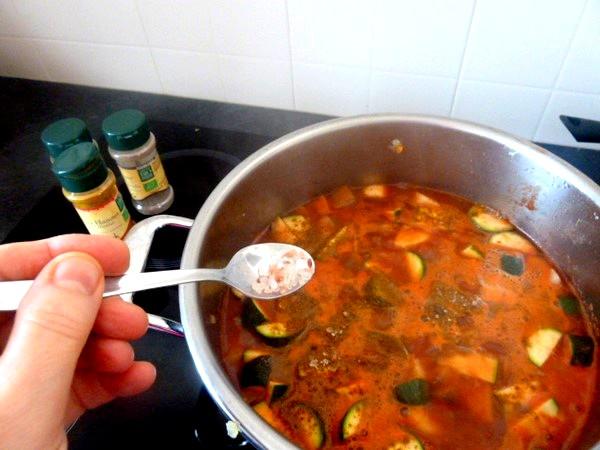 couscous-vegetarien-ou-vegan-saler-epices