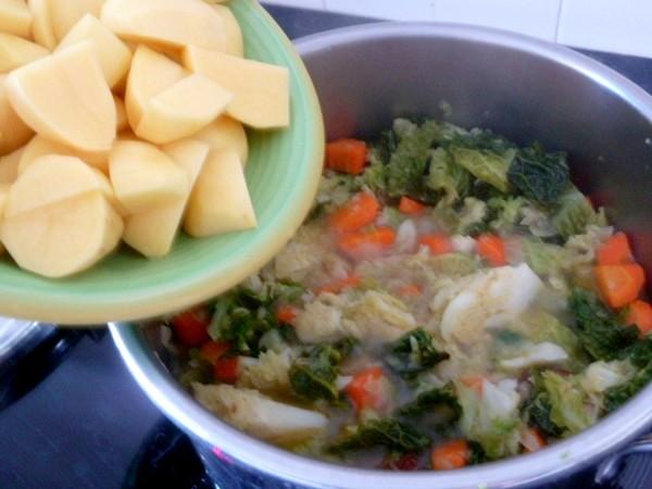 potee-vegan-ajout-patates-fin