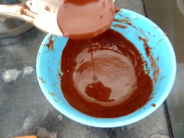 poires-crues-sur-chataignes-au-chocolat-fluide