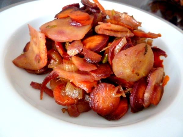 carottes-tricolores-aux-deux-celeris-servir