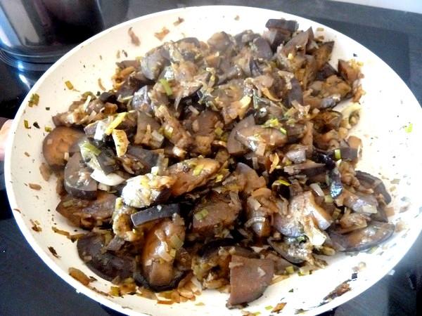 poelee-aubergines-poireau-cuit