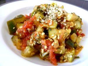 courgettes-tomates-au-chanvre-servir