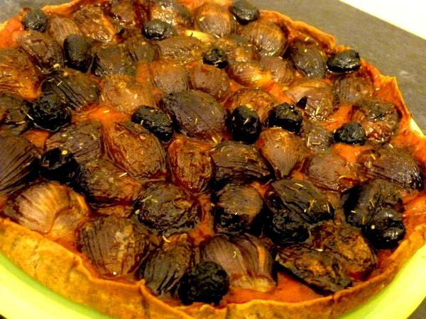 pizza-aux-oignons-grelots-rouges-cuisson-35-min-200-degres