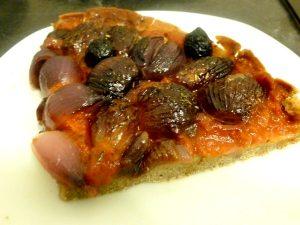 pizza-aux-oignons-grelots-rouges-partager-dresser