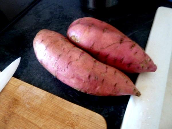 chou-fleur-integral-aux-patates-douces-laver-eplucher