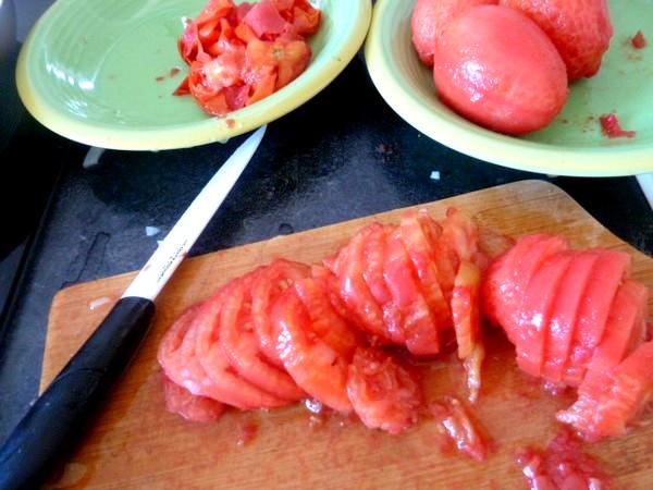 courgettes-tomates-au-chanvre-trancher
