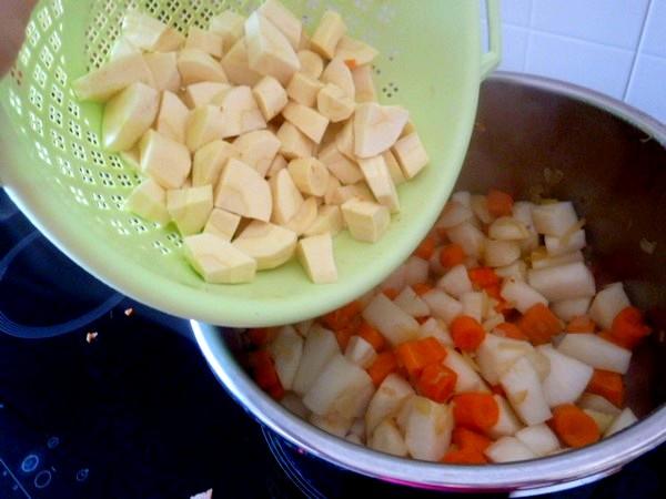 -couscous-vegetarien-ou-vegan-dorer-legumes